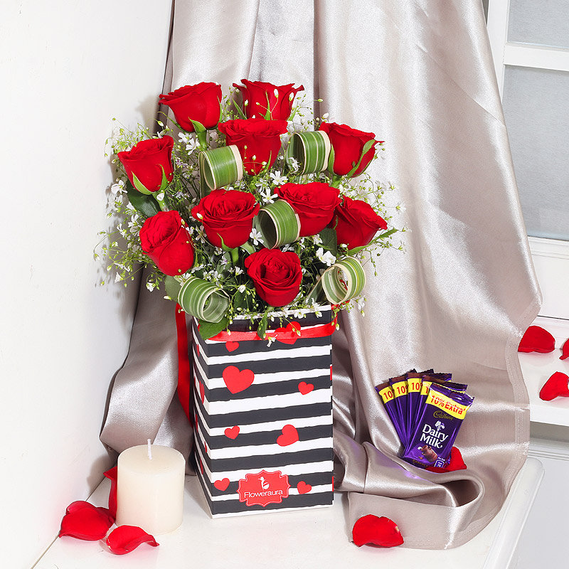 Combo of Flower and Chocolates for Chocolate Day Gift