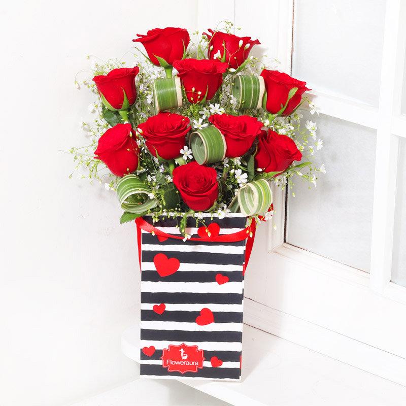 valentine's day Flower Bouquet with Chocolates