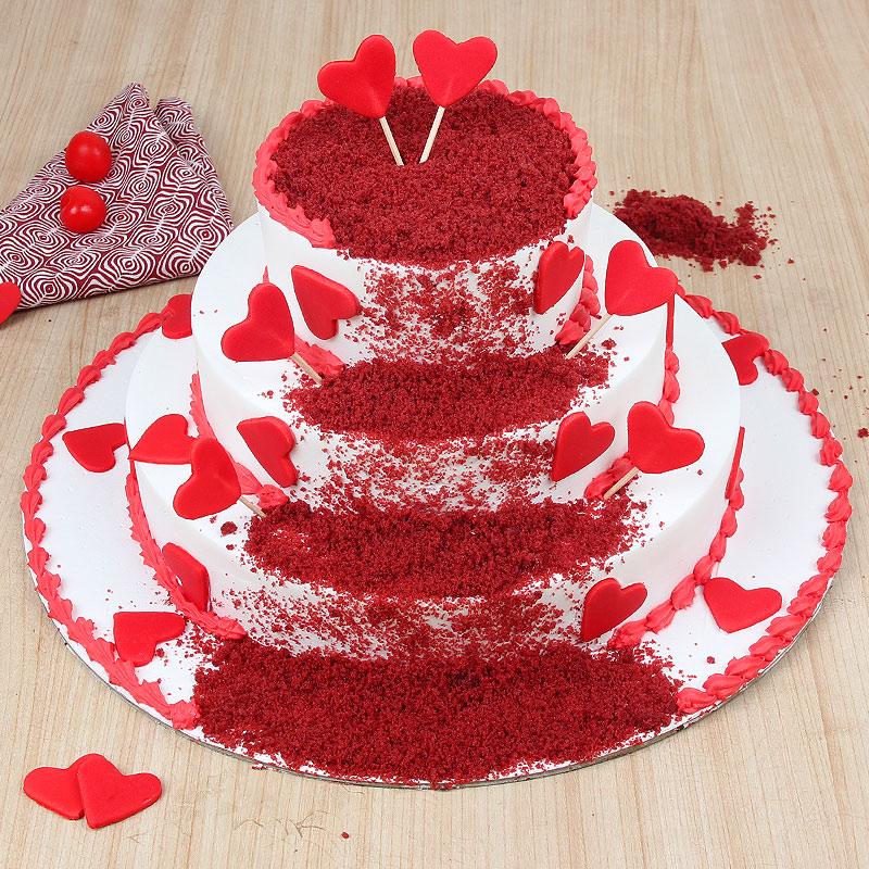 3 tier red velvet cake - First gift of Red Velvet Felicitation