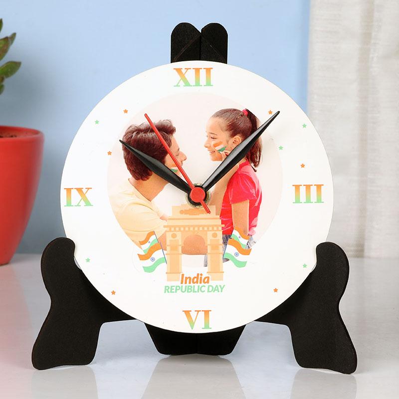 Republic Clock N Stand