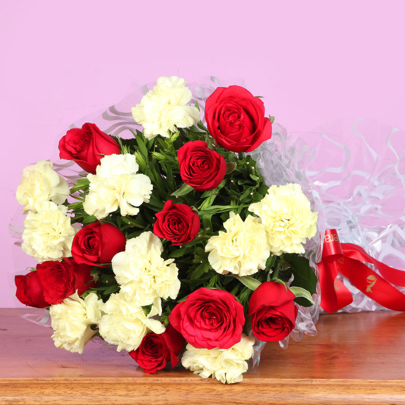 Rose Carnation Mixed Bouquet - Bouquet of 10 White Carnations and 10 Red Roses