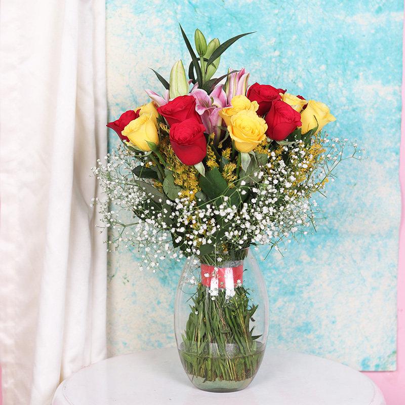 RosesandLilies Glass Vase