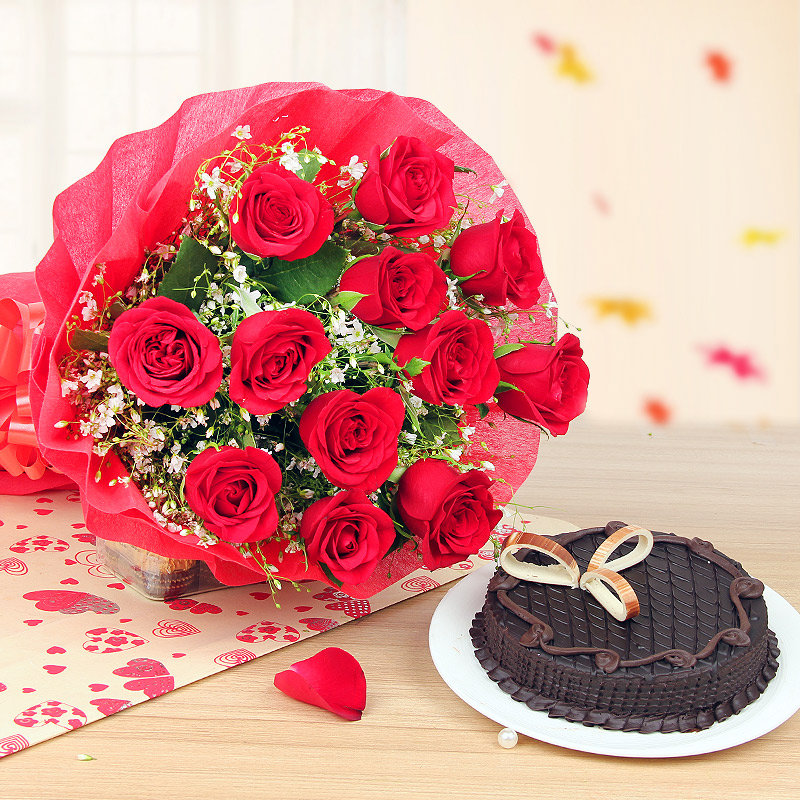 Royal Red Love - Combo of 12 Red Roses Bunch and Half kg Chocolate Cake