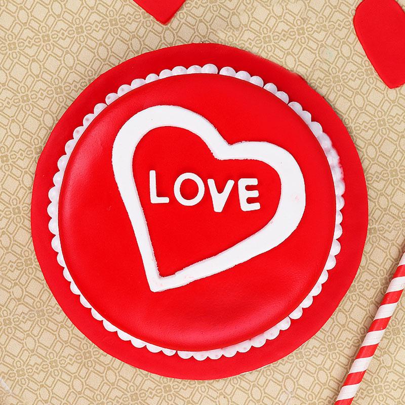 anniversary love designer cake - Top View