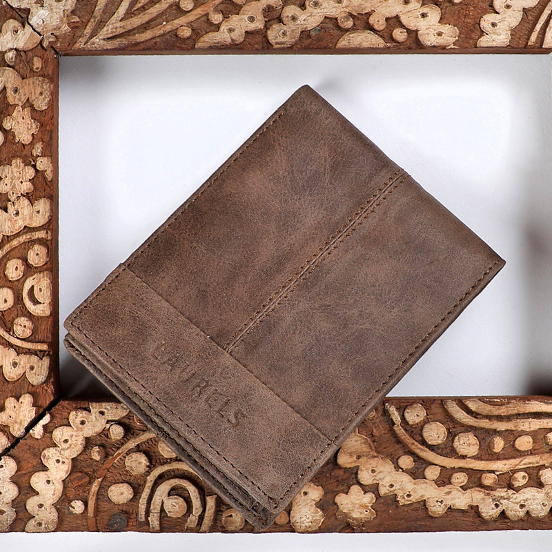 Rustic Brown Leather WalletA Premium Wallet With Rfid Protection