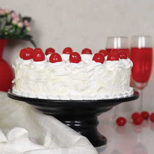 Online Snowy White Forest Cake Delivery