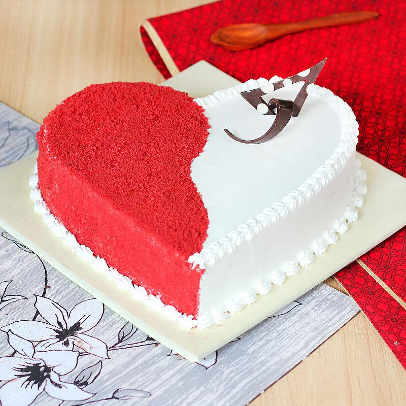 Spellbinding Red Velvet Heart Shaped Cake with Normal View