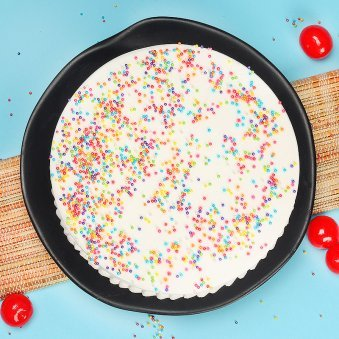 Half Kg Vanilla Cake with Top View
