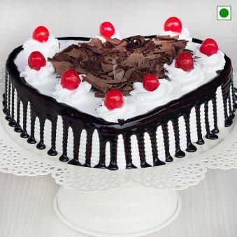 Heart Shaped Blackforest Cake 1 Kg Eggless