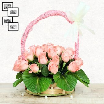 20 Baby Pink Roses in Round Handle Basket