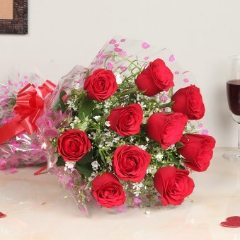 Valentines Flower with Bunch of 10 Red Roses