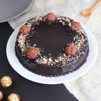 Almond Rocher Cake