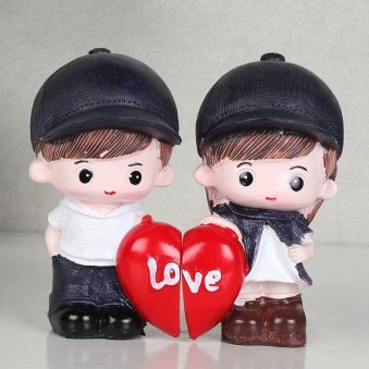 Cute Couple Showpiece Gifts