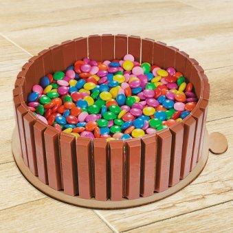 Eggless Kitkat and Gems Cake