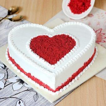 Gratifying Heart Shape Red Velvet Cake with Normal View