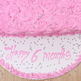 Zoom top view of 6 Months Anniversary Cake