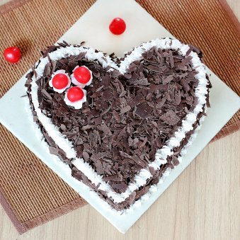 Choco Filled Heart Cake - Top View