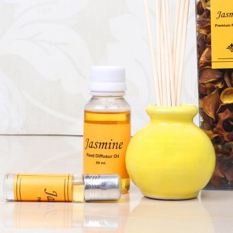 Zoom view of Jasmine Aroma Reed Diffuser Set