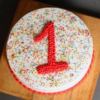 Top view of 1st Anniversary Cake