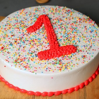 Zoom view of 1st Anniversary Cake