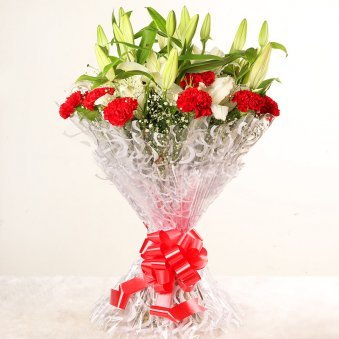 Lily Carnation Beauty - Bouquet of 7 White Lilies and 10 Red Carnations