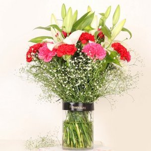 Lily Carnation Mix - Arrangement of 3 White Lilies and 10 Red and Pink Carnations with Glass Vase