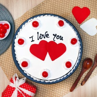 Top view of I Love You Cake