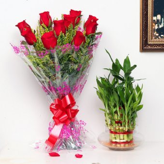 Luck N Love Fusion - Good Luck Indoors in Potpourri Vase with Bunch of 10 Red Roses