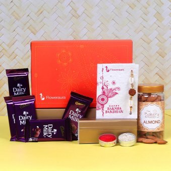 Front View of Milky Nutty Rakhi Signature Box