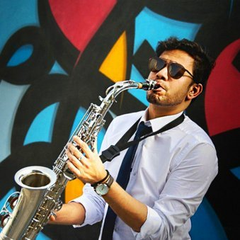 Get Play Your Favorite Song On Saxophone