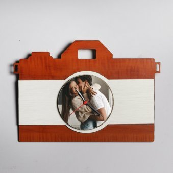 Personalised Camera Shaped Table Clock - Birthday Gift for her