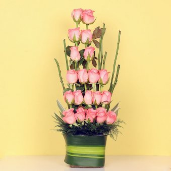 Pink Roses Arrangement in Glass Vase