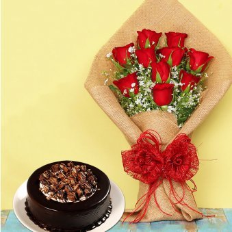 Roses N Kitkat - Bunch of 10 Red Roses in Jute Wrapping with 500gm Kitkat Cake