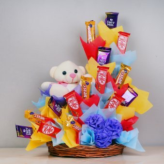 Yummylicious Happiness - 5 Kitkats and 5 Dairy Milk Chocolates with Five 5 Star Chocolates
