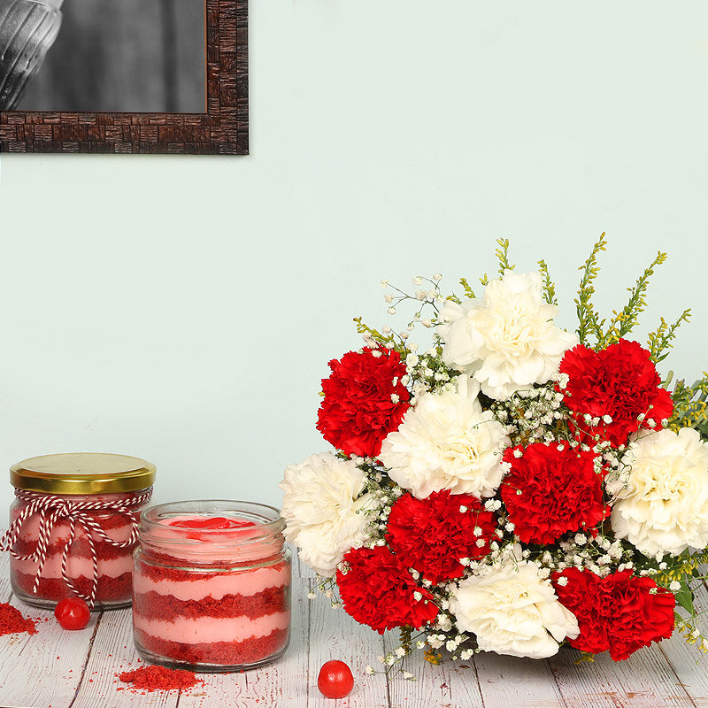 Sugary Sweets - Bunch of 12 Carnations with 2 Red Velvet Jar Cakes
