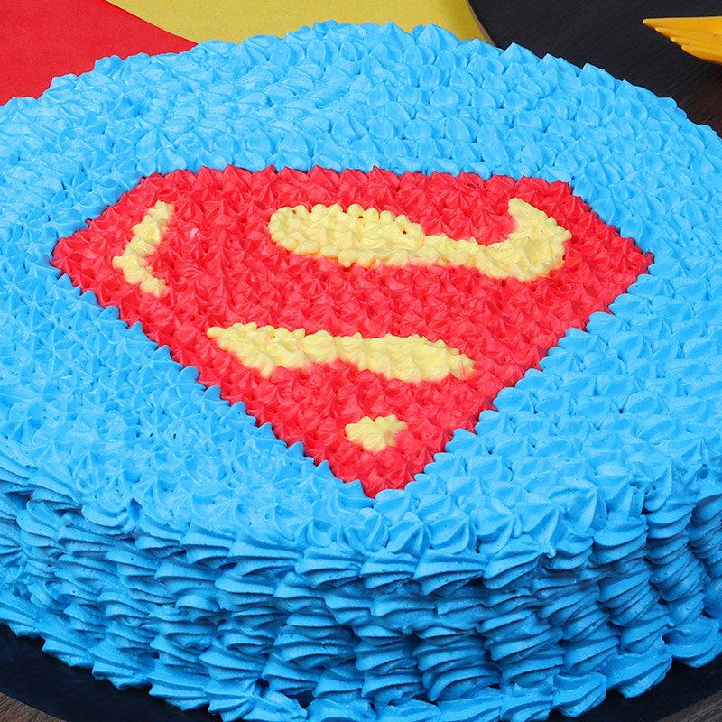 Zoom view of Superman Designer Birthday Cake
