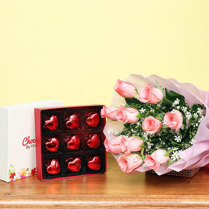 Combo of Pink Roses Bunch and Chocolates