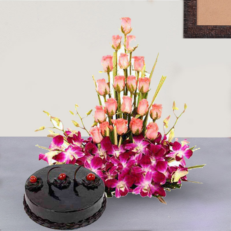 Cake With Mixed Color Flowers