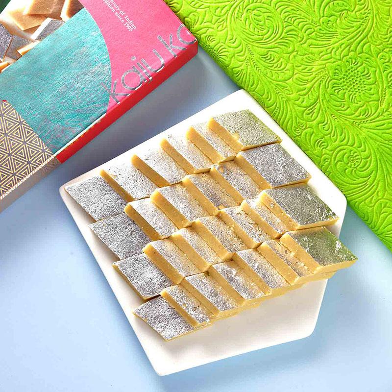 Send Sweet Ganesha Pearl Rakhi Thali Online