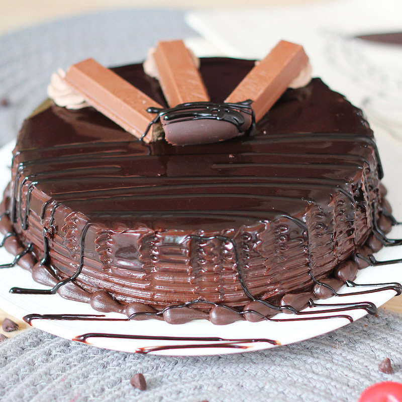 Choco Kit kat Cake
