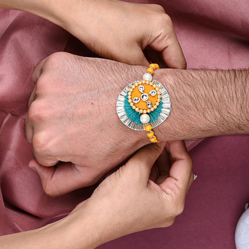 online rakhi with sweets delivery in india for your brother
