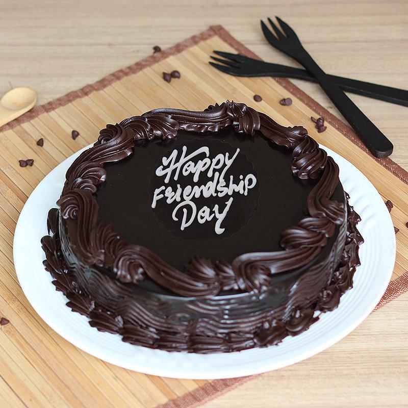 Kitkat Friendship Cake