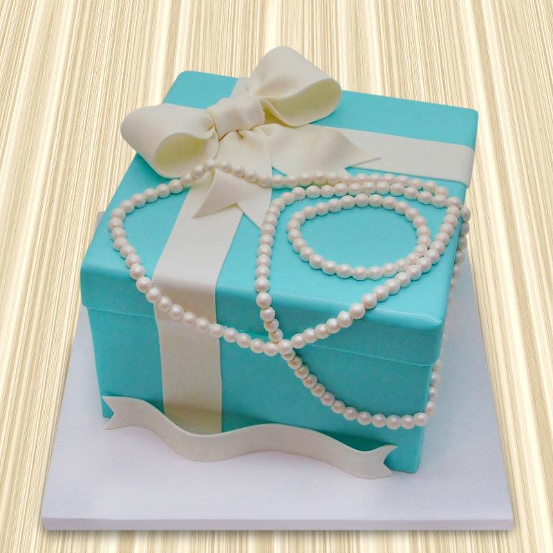 Tiffany Box And Pearls Theme Cake