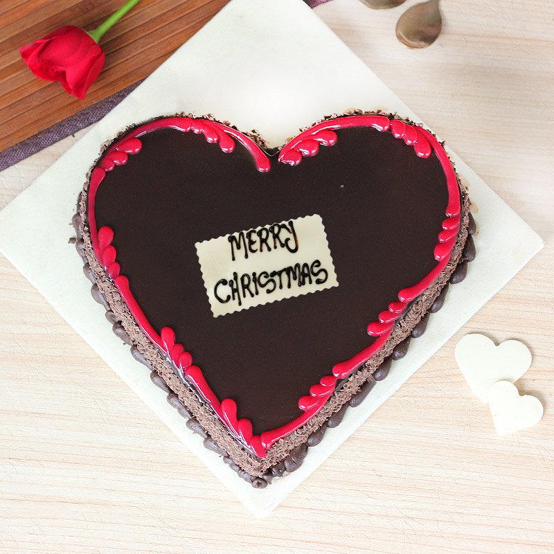 Christmas Cakes Heart Shaped